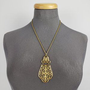 Jewelry - Retro Gold Filigree Pendant Necklace